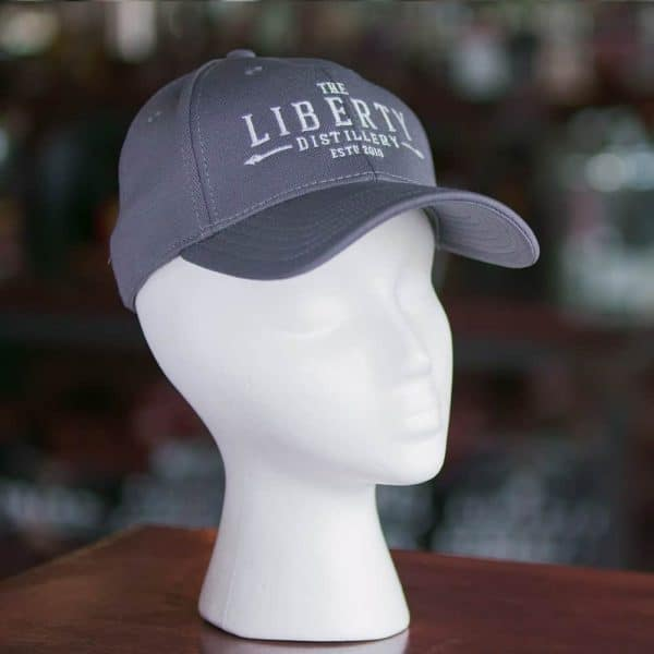 hat-magenta-2